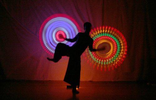 POI dansact-poidancers-lichtshow